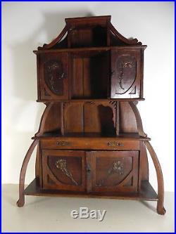 Superbe armoire de poupées ancienne art nouveau jugendstil dlg Majorelle