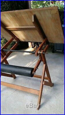 Table à dessin H Morin 1935 chassis et table en bois 120 par 80 cm très bon etat