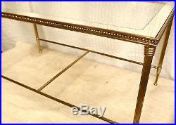 Table basse JANSEN. Bronze doré, verre bords miroir. Néoclassique c 1950