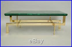 Table basse en malachite et piètement en laiton doré, 1970