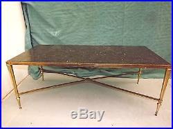Table basse néoclassique JANSEN. Bronze doré, marbre gris Ht 39. L102X47 c1950