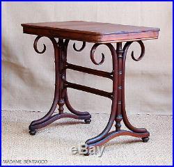 Table bistrot bois courbé début XXe époque thonet baumann