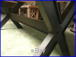 Table de repas de ferme pieds en X bois massif style industriel