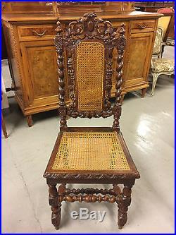 Table et six chaises de salle à manger style Louis XIII chêne époque 1900