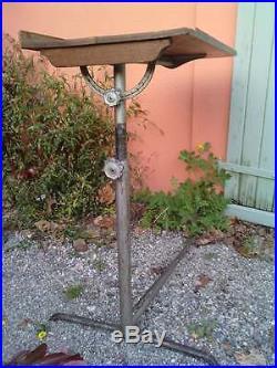 Table pupitre ecritoire servante industriel, en tube metallique prouvé